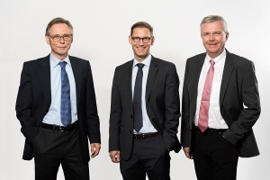 Institutsleitung des Fraunhofer ISST: v. l. Prof. Dr. Jakob Rehof, Prof. Dr. Boris Otto und Prof. Dr. Michael ten Hompel (Quelle: ISST)